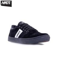 HRCN White Stripe Sepatu Sneakers Kets Pria Shoes Male 5372