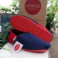 Jual Sepatu Wakai wanita atau pria dongker merah sol merah Murah
