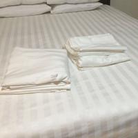 sarung bantal hotel villa