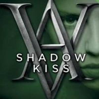 Shadow Kiss: A Vampire Academy Graphic Novel: Book 3