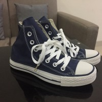 harga Converse All Star Classic Hi Navy Blue Klasik Biru Sepatu Pria Tokopedia.com