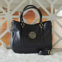 FIRE SALE - TORY BURCH Amanda Classic Handle Hobo (Black)