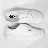 PROMO Sepatu Vans Authentic Full Putih / Full White (MURAH)