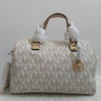 MK Grayson Large Satchel in Vanilla