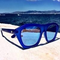 Kacamata Le specs