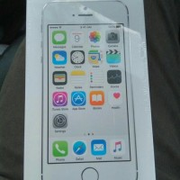 iPhone 5S Silver / Gray 16GB 4G LTE Garansi Resmi iBox / TAM