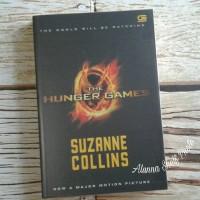 Jual Buku bekas: Novel The Hunger Games by Suzanne Collins Murah
