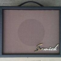 Amplifier gitar Samick ori korea untuk di kamar