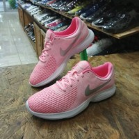 Sepatu NIKE REVOLUTION 4 Running Original (Made in Indonesia)
