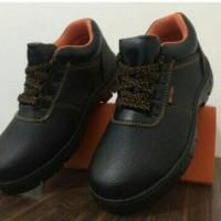 Jual Sepatu Safety Shoes low cut - ssslc 12 Murah
