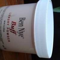 Ben Nye Luxury Powder - Buff