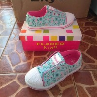 Sepatu anak perempuan fladeo size 34(3),35(3)
