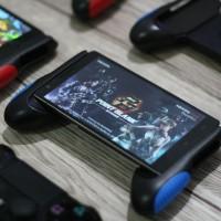Jual MOBILE PHONE GAMING GRIP - IOS / ANDROID Murah