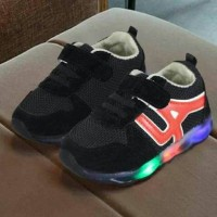 Jual Sepatu Led L.A Shoes BLack Murah