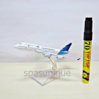 Pajangan Miniatur Diecast Pesawat Garuda Indonesia 4 mesin