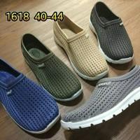 Jual jelly shoes kets pria sepatu slip on luofu casual import 40 44 1618 Murah