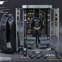 Jual Hot Toys Batman Armory with Batman Collectible Figure The Dark Knight Murah