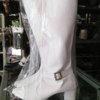 sepatu mayoret putih gesper bawah