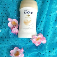 Dove deodorant antiperspirant Silk Dry 48h. Made in Russia