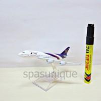 Pajangan Miniatur Diecast Pesawat THAI besar