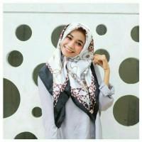 TERLARIS! H20 Jilbab/Hijab Segi Empat Motif Hermes Silk Premium Import