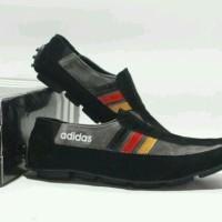 d3f03d8613a sepatu pria casua slop slip on Loafer adidas jerman