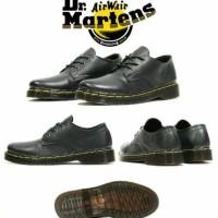 Jual sepatu dr.martens low boots pria docmart pendek tracking outdoor cowok Murah