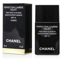 Chanel Foundation Perfection Lumiere Velvet No 10