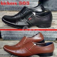 Sepatu Kerja Pria Formal Pantofel Kickers 505