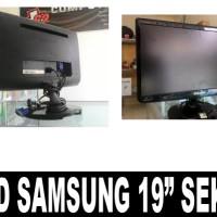 "MONITOR LCD SAMSUNG 19"" SEKEN"