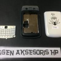 TERLARIS Casing Fullset BB 9780 BlackBerry Bold Onyx 2 Housing Bezel