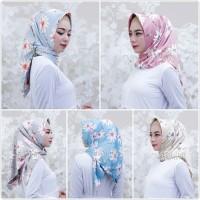 Jual Hijab Square / segiempat royal silk bunga Murah