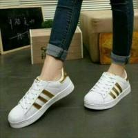 Harga Sepatu Olahraga Putih Gold Travelbon.com
