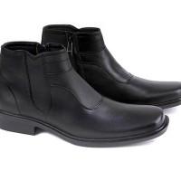 Garucci GHD 0339 Sepatu Formal Boots Pria Diskon