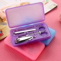 Jual Manicure pedicure set 4 in 1   box bisa buat souvenir pinset gunting Murah