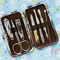 Jual Manicure pedicure set 7pcs gunting kuku kikir korek kuping Murah