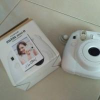 Jual Fujifilm Instax mini8 murah aja masih garanasi juga Murah