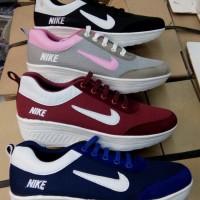 24121884_ad9f9da1-9c59-4800-89d7-deae576f511c_700_933 Koleksi Harga Sepatu Nike Model Terbaru 2018 Terlaris bulan ini