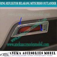 Jual Promo Garnish Ring Reflektor Bumper Belakang Mobil Mitsubishi DS-11R B Murah