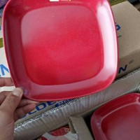 piring kotak melamin dragon merah