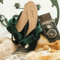 Ittaherl curated grace emerald size 37