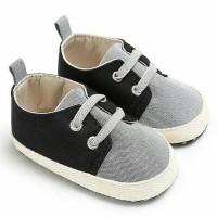 Jual sepatu Pre Walker baby 0-18 bulan. import. sneaker.. Murah