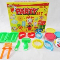 Jual Diskoon! Lilin Mainan Fun doh Party Set Murah