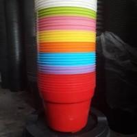 pot warna-warni 20cm
