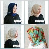 Hijab Instant Motif Simple Square