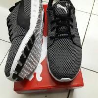 harga Puma Carson Knitted Black White Mens Running Shoes Trainer Tokopedia.com