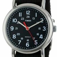 Timex Men's T2N647 Weekender Watch with Black Nylon Strap