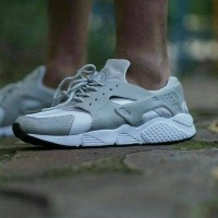 sepatu sport pria Nike Huarace grade original premium adidas puma 939a2c2050
