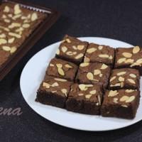 Jual brownies panggang topping almond uk.22x10x4 Murah