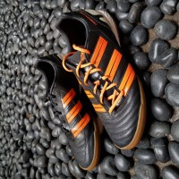 ADIDAS Predator Absolado IN black/orange size UK 8.5 / INDO 42.7